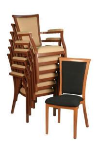 Stackchairs voor gebruik als horecameubilair.