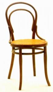 Thonet stoel nummer 14, de bekende Weense koffiehuis stoel.